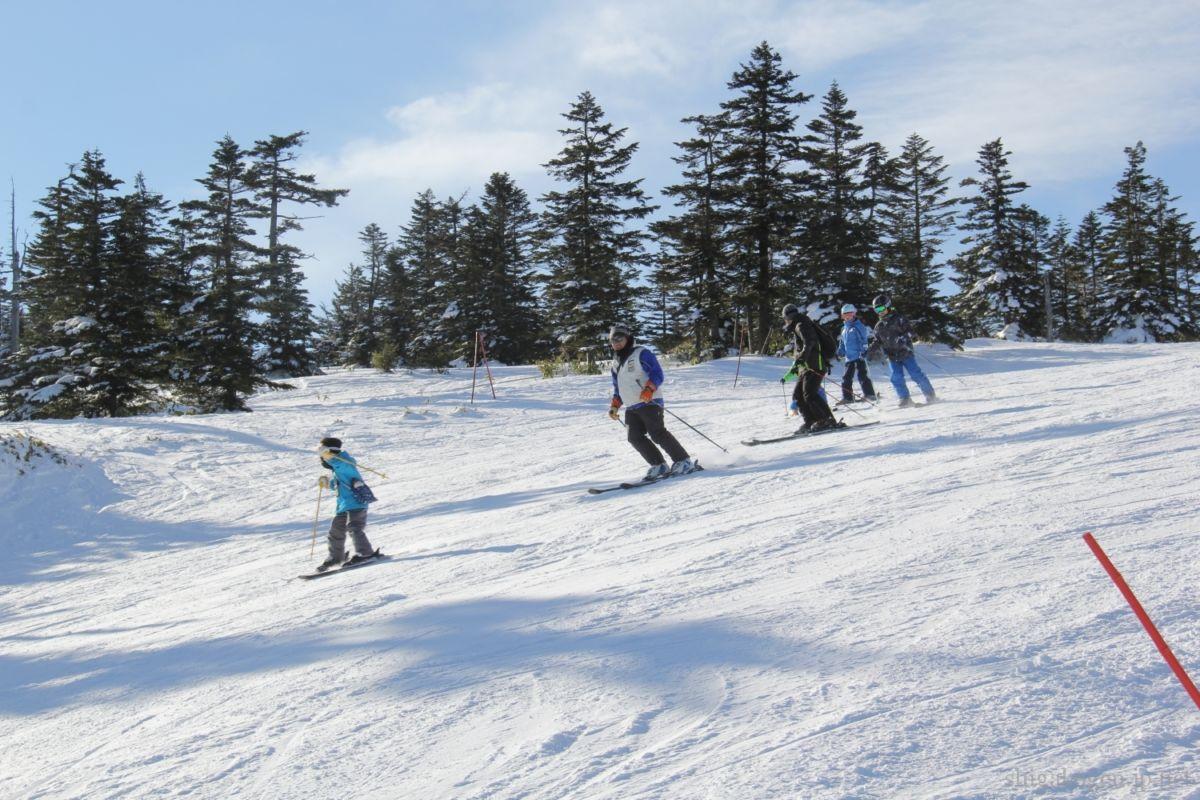 お得-comfy-志賀高原にスキーこどもの日があるらしい